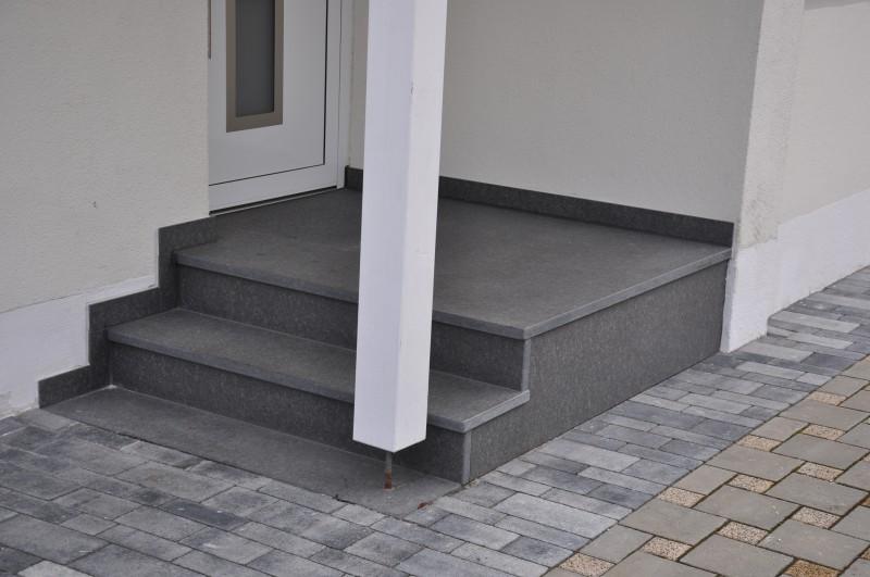 treppe au enbereich lindner natursteine. Black Bedroom Furniture Sets. Home Design Ideas
